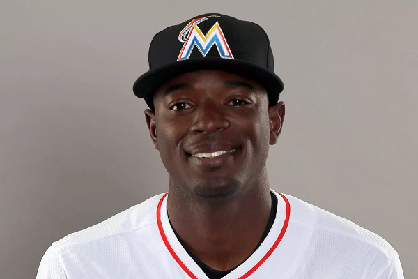 MLB Players React On Twitter To Dee Gordon's PED Suspension