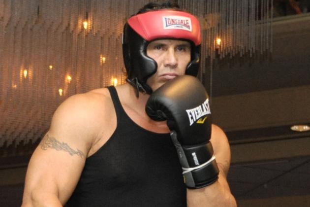 You Won't Be Disappointed With Jose Canseco's Celebrity Boxing Match Opponent